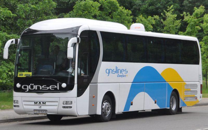 Autobusom